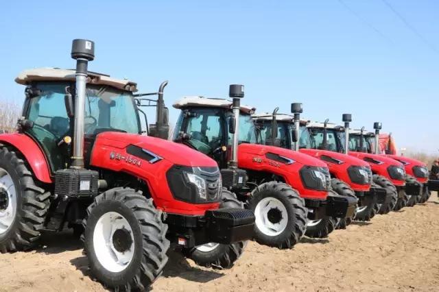 """""""悍沃""""敢为人先 积极推进农业机械化发展"""