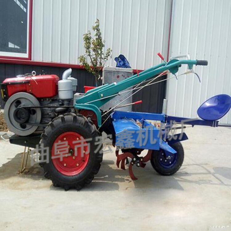 手扶拖拉机为牵引,驱动兼用型拖拉机
